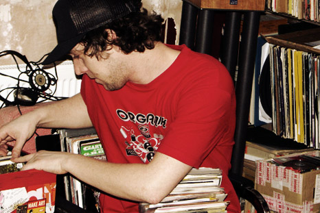 DJ mix from Jon Kennedy, fresh for 2010.