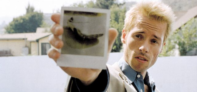 Join the @Cinematologists for conversation about cinema. This week, Memento (Nolan, 2000)